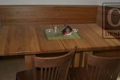 dřevěné_vybavení_restaurace