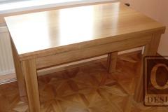 dubový_jídelní_stůl